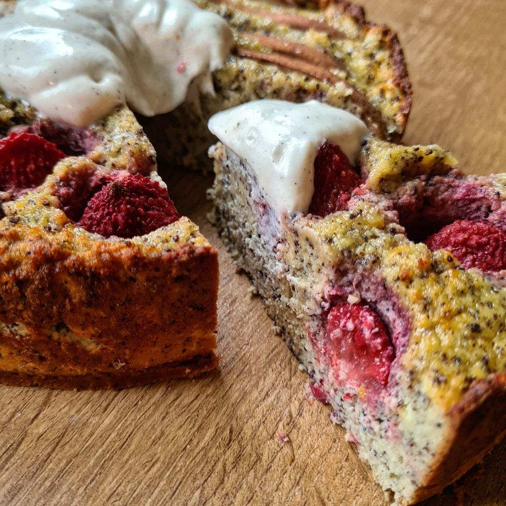 Obstkuchen Tortenstueck Detailfoto