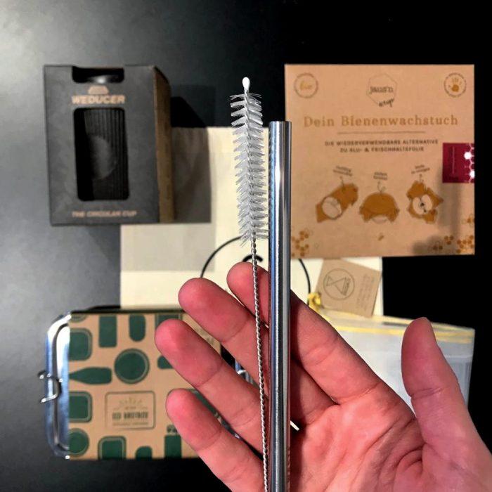 Zero Waste Kit das Gramm Basics Edelstahl-Trinkhalm mit Reinigungsbuerste