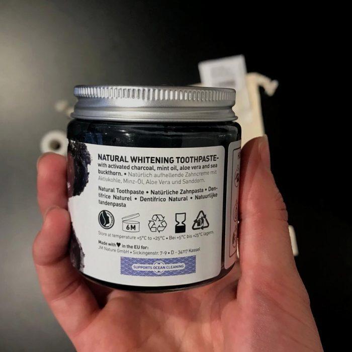 Zero Waste Kit Zahnpflege Beschreibung Zahnpaste schwarz